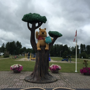 statue of Winnie the Pooh